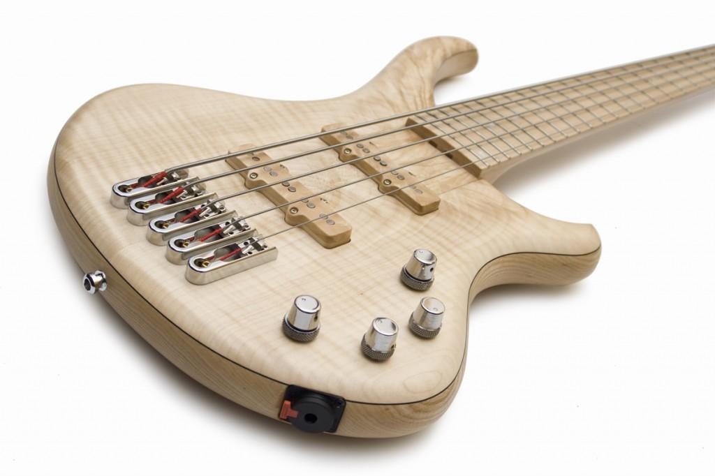 BassLine Buster CW 5 swamp ash maple topwood lightweight custom bass