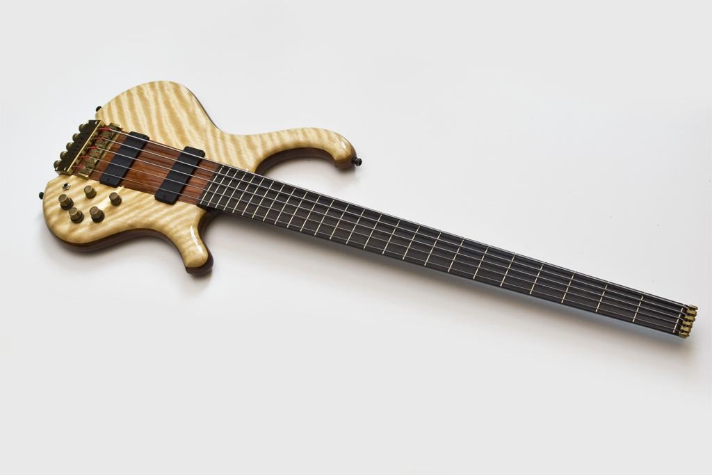 Reparatur und Modifikation: Gitarre und Bass