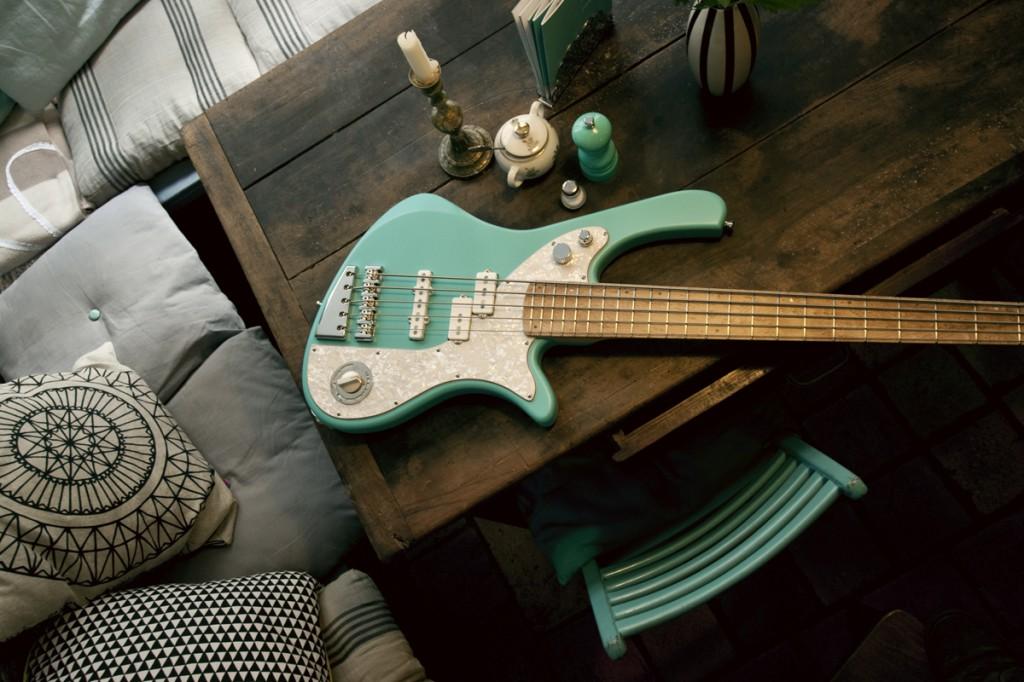 BassLine, rebelle series, bass, custom, vintage, shappy, chic