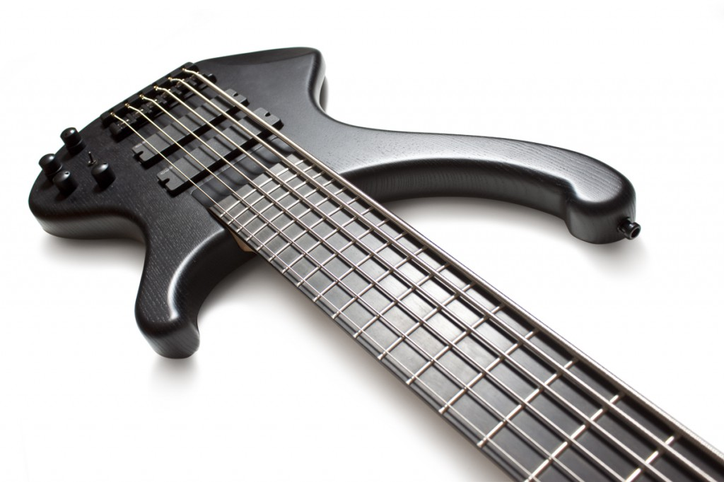 BassLine BlackBuster metal bass emg pickups