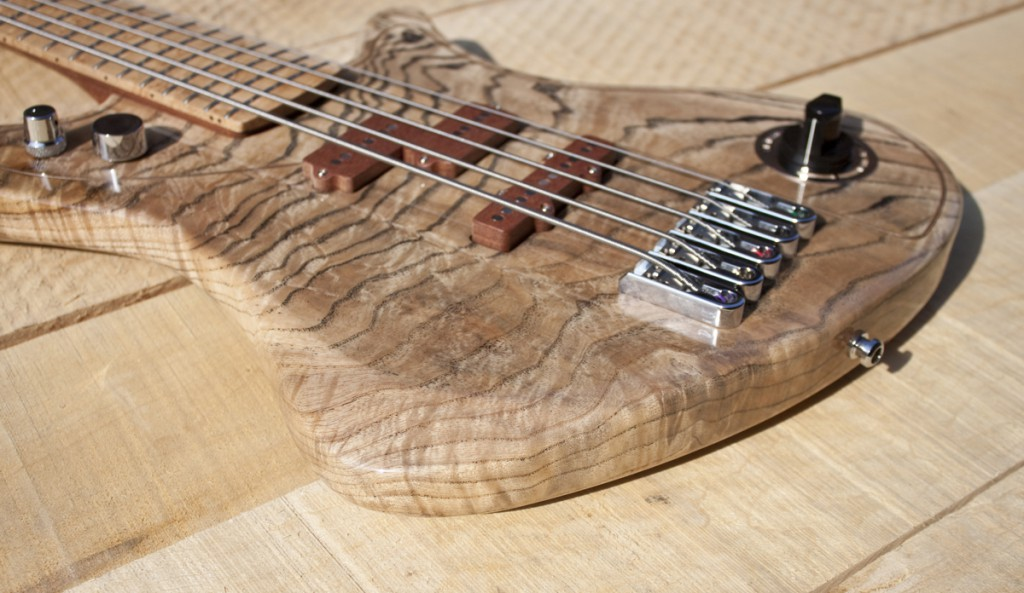 BassLine re:belle series offset lightweight custom bass highgloss