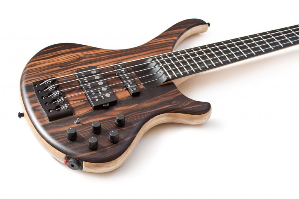 BassLine Buster CW 5 custom bass delano pickups thehybrid