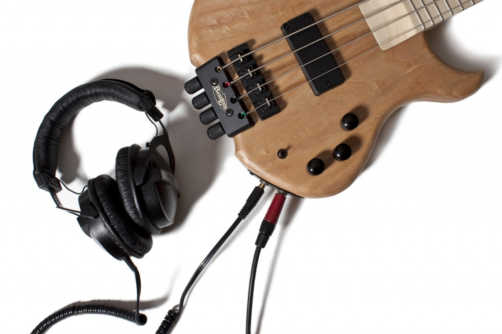 BassLine Buster Bustiny shortscale headless bass headphone amp Kopfhörer Verstärker
