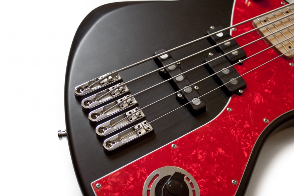 BassLine re:belle series black modern vintage custom bass